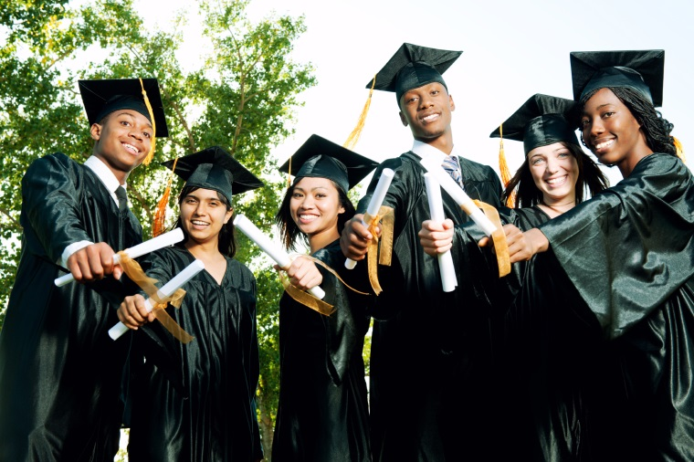 graduation_istock